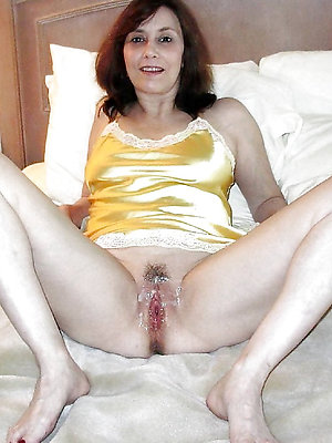 beautiful mature milf creampie