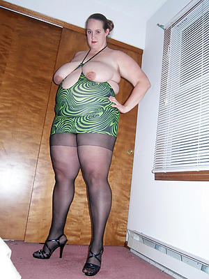 whorish mature women in nylons