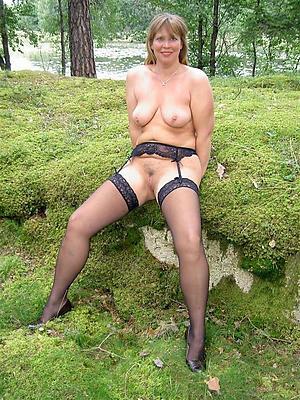 porn pics of nylon matures