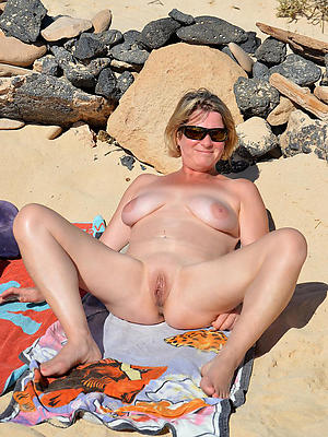 porn pics of mature naked beach