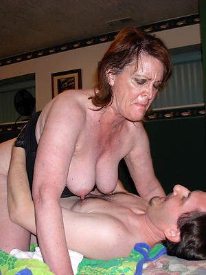 fucking mature women posing unclothed