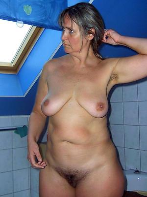 beautiful unshaved mature pussy copulation pics