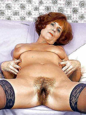 naught unshaved mature pussy divest pics