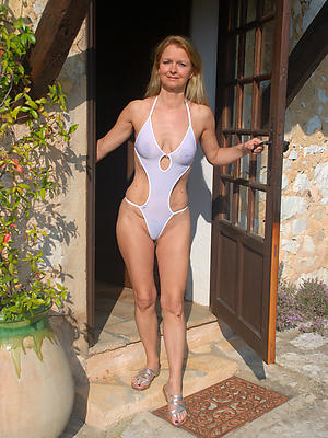 xxx of age bikini babes nude pics