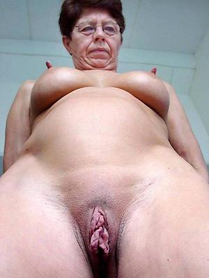 fantastic mature big nipples porn pics