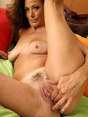 porn pics of mature hot tits