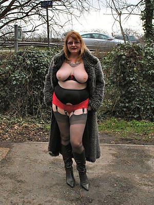 curvy mature women beside nylons