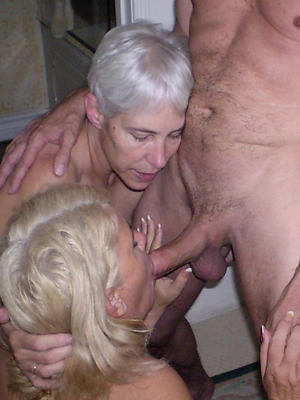 mature women to threesome
