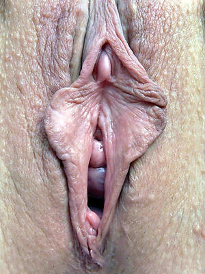 risible mature lock up pussy lips pics