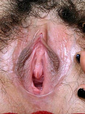 porn pics of full-grown pussy close ups
