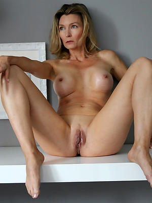 gorgeous mature adult models porn gallery