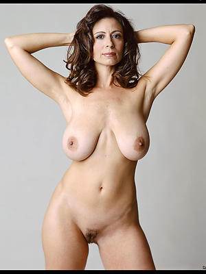 slutty nude full-grown models foto