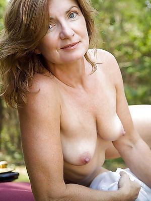 porn pics of nude mature models
