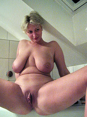xxx of age broad in the beam vulva pics