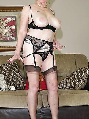 hotties mature women solo homemade porn