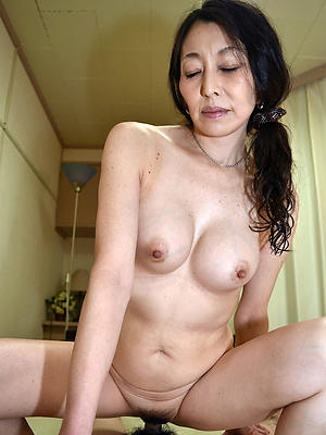 naught mature asian photos