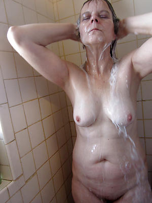 gorgeous grown up shower exposed photos