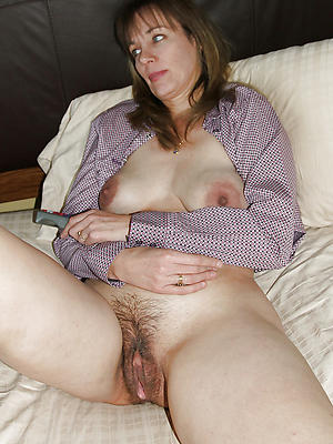 comely mature panties pussy pics