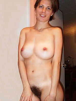 gorgeous unshaved mature pussy pics