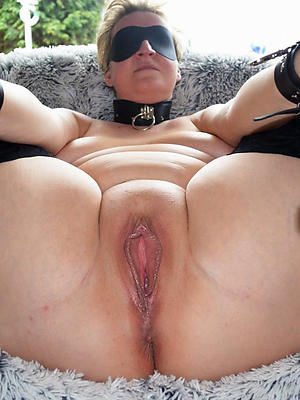 beautiful mature shaved cunt homemade pics