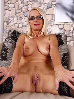 slutty grown up hairy vagina homemade porn