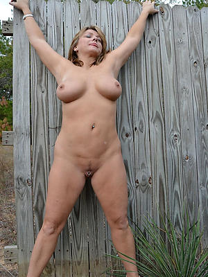 outdoor mature nudes love porn
