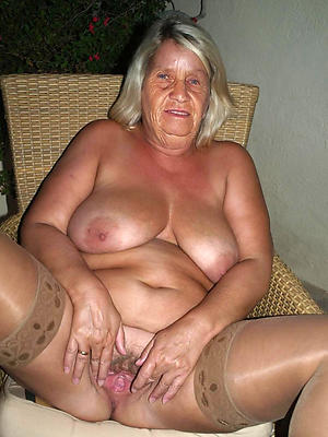 hotties elder mature women porn pics