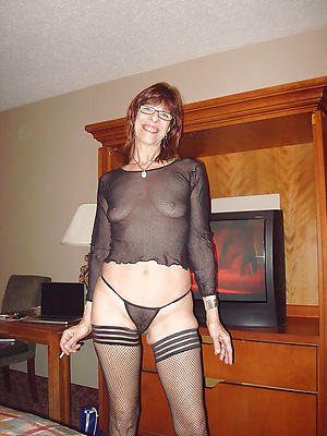 slutty mature housewives pictures