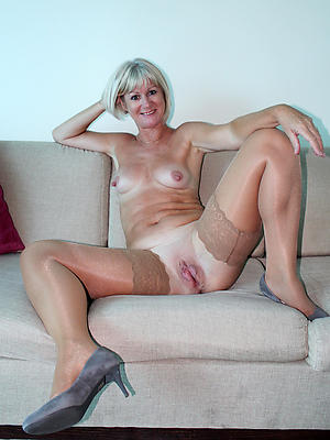 amateur of age small tits stripped