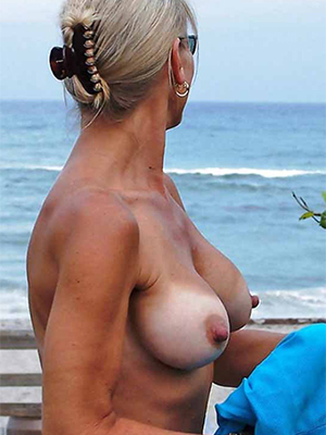 xxx grown-up nude beach photos