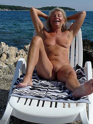 mature seashore tits posing nude