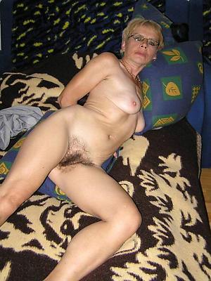beauties naked grannies porn pics