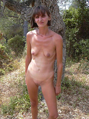 porn pics of anorexic grown-up milf