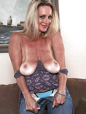 naught saggy mature boobs porn pic