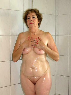 fantastic mature milfs in the shower