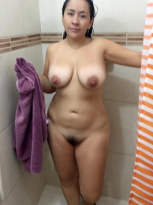 naught mature milfs in the shower pictrues