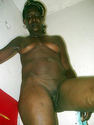 beautiful mature ebony pussy