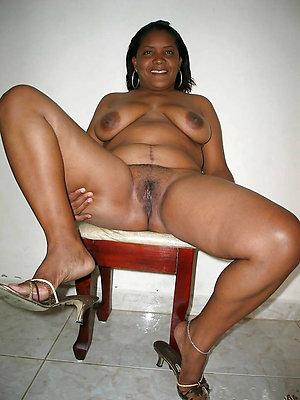 free pics of ebony mature pics