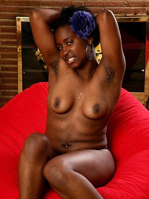 porn pics of ebony mature milf