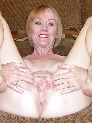mature sexy feet stripped