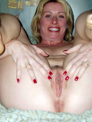beautiful full-grown trotters porn pictures