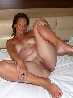 crazy mature feet soles pics