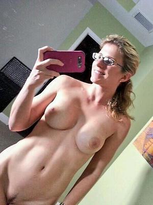 hotties free mobile mature nude gallery