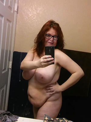 mature unformed porn stripped