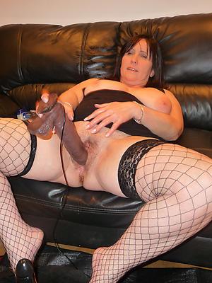 naught mature mom masturbating sheet