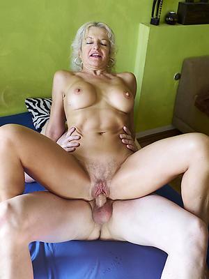sex in the air mature women