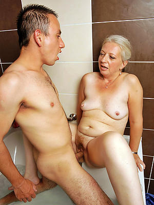 beauties mature moms sex photo