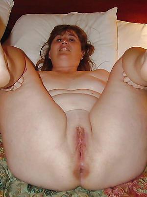 porn pics of mature ladies feet