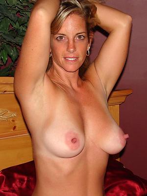beautiful mature women chunky nipples porn pics