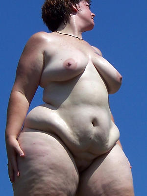 mature bbw ass hatless